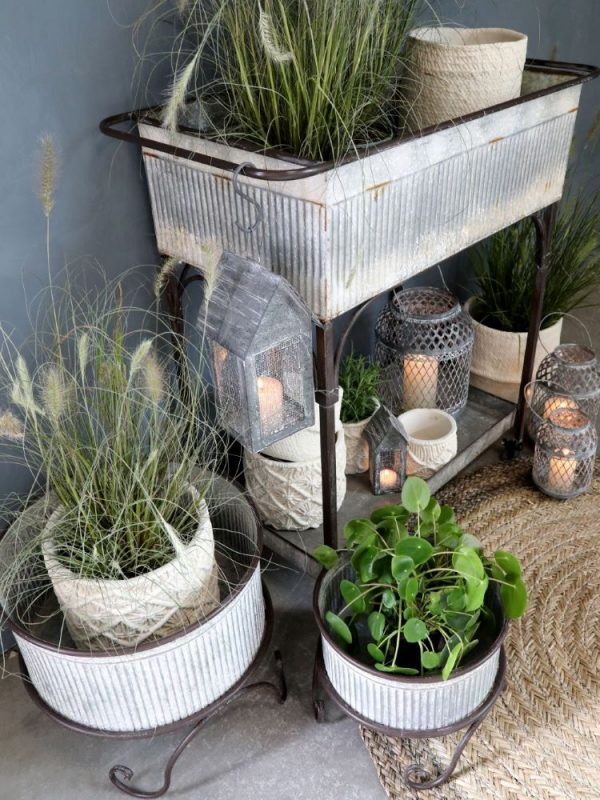 Display of planters and plant pots