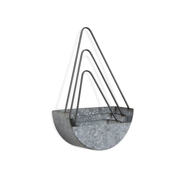 set of 3 galvanised planters. Differing sizes with large handles for hanging to wall